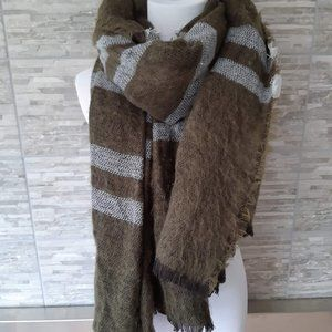 ZARA Large cozy green blanket scarf